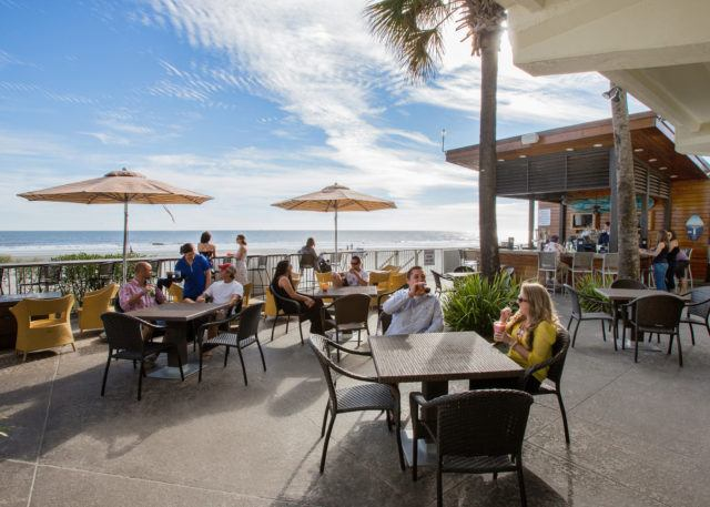 blu-restaurant-bar-folly-beach-patio